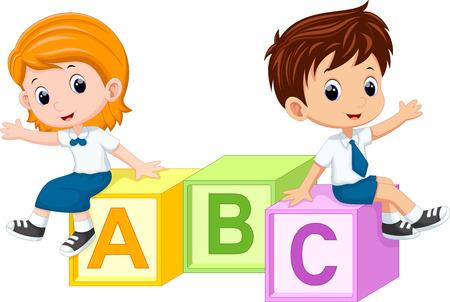 personas saludando: Dos estudiantes sentados en los bloques del alfabeto Vectores