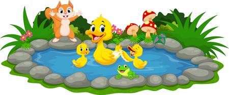 母鴨や小さなカモ池で泳いで