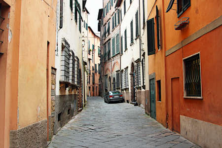 lucca: Old narrow streets in Lucca, Italy