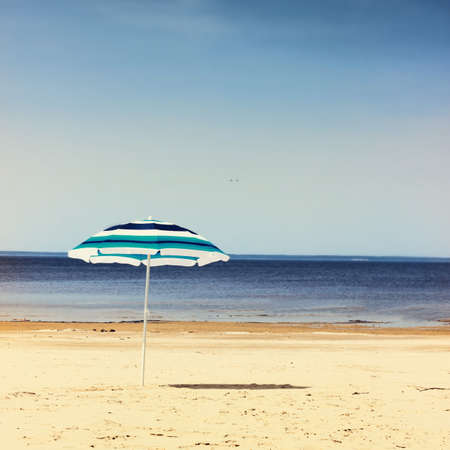 sun umbrella: Sun umbrella on the beach