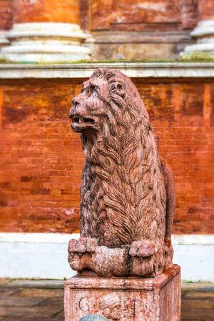 reggio emilia: Ancient lion sculpture in Reggio Emilia, Emilia-Romagna, Italy.