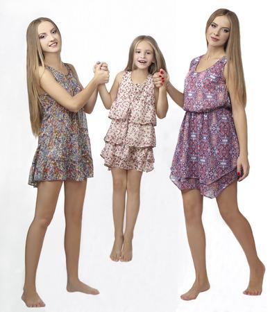 three sisters: Three sisters to jump and play