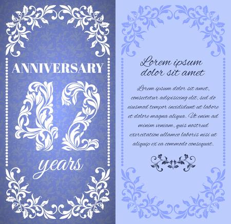 42 주년 기념 꽃 프레임 및 장식 패턴으로 럭셔리 템플릿. 텍스트를위한 장소가있다.
