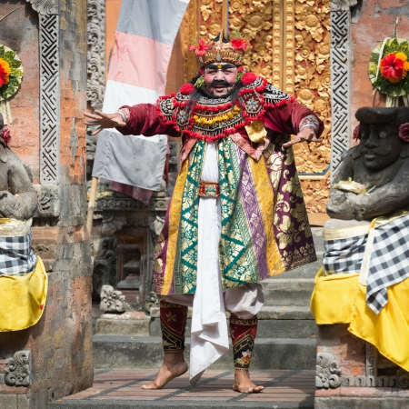 UBUD, BALI, INDONESIA - SEP 21: Actor performs an minister character on traditional balinese performance Barong on Sep 21, 2012 in Ubud, Bali, Indonesia. The show is popular tourist attraction on Bali