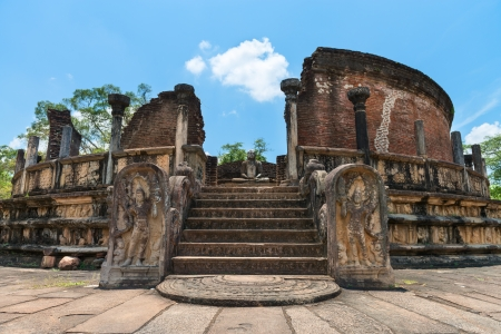 relics: Vatadage is a type of Buddhist structure found only in Sri Lanka. Ancient city Polonnaruwa.