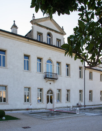 neo classical: ZIMELLA, ITALY - OCTOBER 26: Villa Cornaro open for a wedding fair on Zimella Sunday, October 26, 2014. Villa Cornaro founded in the sixteenth century, built by the aristocratic Cornaro family.
