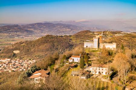 モンテッキオ ・ マッジョーレ (ヴィチェンツァ、イタリア)、の丘の ...