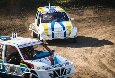 stock car: VERONA, Italy - November 8, 2015: Free demonstration of stock car cross organized by enthusiasts to bring the audience to the sport.