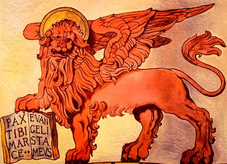leon con alas: Bandera que representa el león alado de la República de San Marcos, Venecia, Italia. Editorial