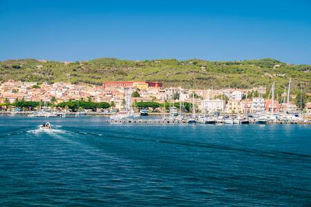 View of Carloforte, place famous for the salt pans and tuna processing. San Pietro Island, Sardinia, Italy. 版權商用圖片 - 68027998
