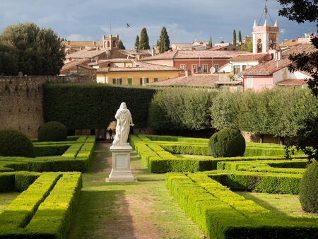 In the town of San Quirico dOrcia, there is the beautiful park known as Horti Leonini. It is a public garden opened even in 1581 and still open to the public today.