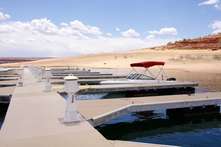 lake powell: Pier for small boats  in Lake Powell , Utah  Stock Photo
