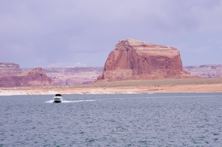 floatable: Boat floating in Lake Powell, USA   Stock Photo