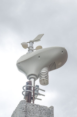 Small home wireless Weather Station, transmitter