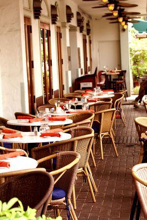 Empty  outdoor restaurant's tables 스톡 콘텐츠 - 3294212