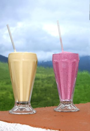 Two fresh tripical smothies served in Costa Rica