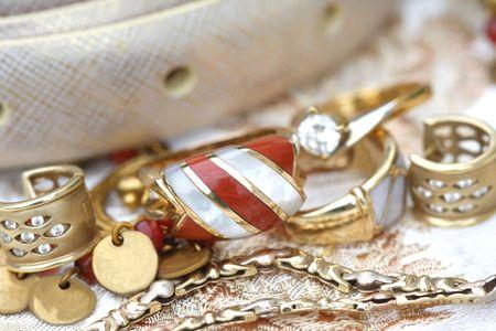 joyas de oro: Conjunto de joyas de oro