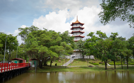 A chinese pagoda in chinese garden, Singapore Editoriali