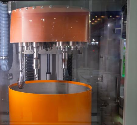 High precision edge rounding, smoothing drag finishing machine