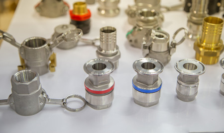 Quick connect fitting coupling for compressed air, hydraulic, pneumatic, gases, fuel Archivio Fotografico