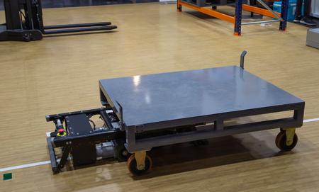 Rack Sorter - Système de stockage et de récupération automatisé moderne pour palette Banque d'images