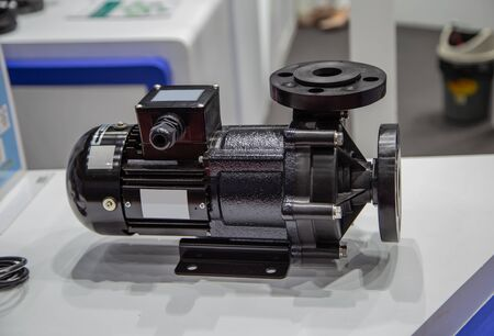 Magnet pump for chemical and sea water