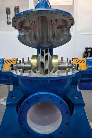 Industry horizontal  vertical split case pump flange type connection Imagens