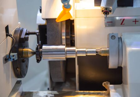 High precision cylindrical grinding machine working on steel shaft