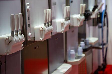 Soft serve ice cream making machine bar Stok Fotoğraf