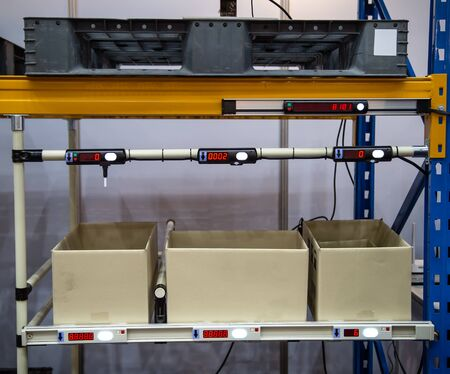 Industrial box rack for component parts in warehouse