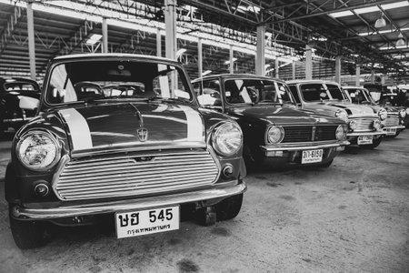 Nakhon Pathom, Thailand - August 3, 2019: Vintage Austin Mini car exhibit at vintage car collector garage in Nakhon Pathom province Redactioneel
