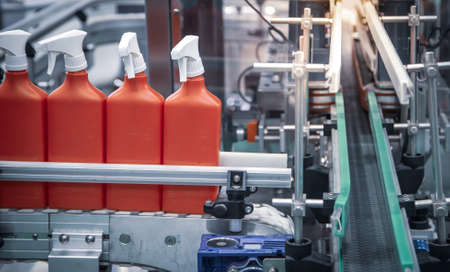 Production line of foggy spray bottle filling and capping machine.