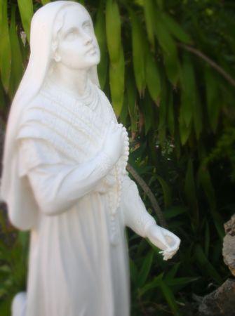 statue in a garden   Stock Photo - 902415