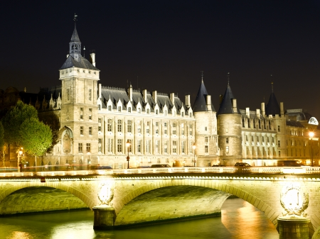 France - Paris- Castle Conciergerie and bridge of Change Stock Photo - 20211815
