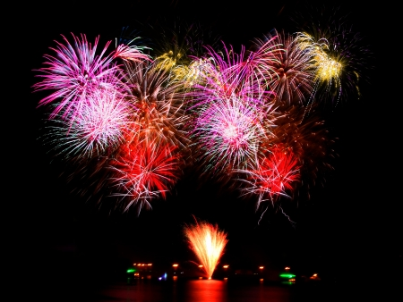 fireworks over water Stock Photo - 16234518