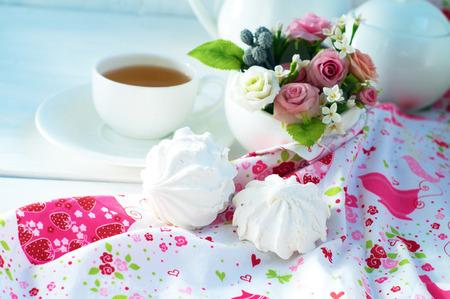 zephyr:               zephyr an cup of tea       with colorful cloth