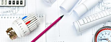 Thermostatventil, Kupferarmatur, Heizungsventil Projektheizung Standard-Bild