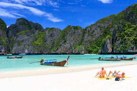 thailand: Maya bay in Phi-Phi island, Krabi Thailand. Stock Photo
