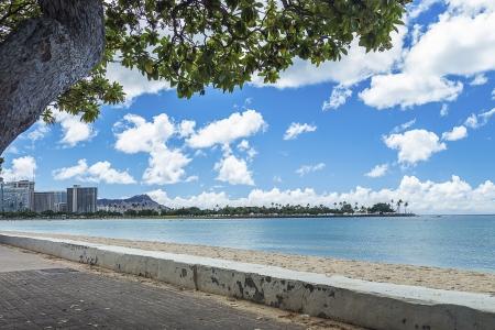 Ala Moana Beach Park with a view of Magic Island, Waikiki and Diamond Head on Oahu, Hawaii