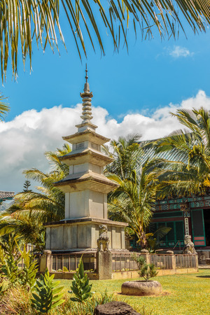 Large Pagoda statue on the grounds of Mu Ryang Sa Temple, meaning Broken Ridge Temple, a Korean buddhist temple on Oahu, Hawaii Stock Photo