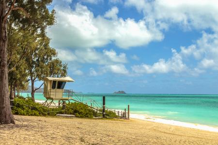 windward: A lifeguard stand on Waimanalo Beach on Windward Oahu, Hawaii