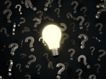 yellow lightbulb and  question marks  on black  background Imagens