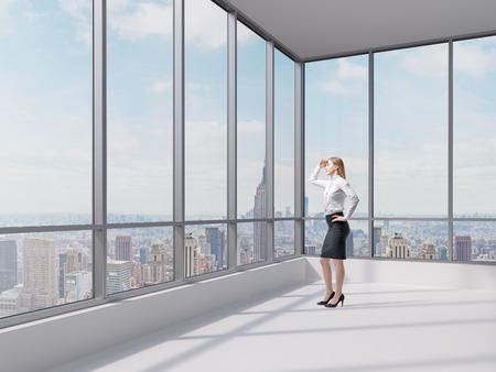 skirts: Completo negocio dama longitud mira el distrito financiero de la ciudad de Nueva York. Oficina contemporáneo panorámica.
