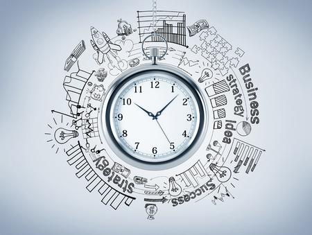 Een zakhorloge, verschillende grafieken en foto's getrokken rond het, 'business', 'succes', 'strategie' geschreven rond. Bovenaanzicht. Concept van timing. 3D-rendering Stockfoto