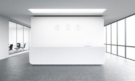 Leeg bureau, wit ontvangst op witte muur, drie klokken op. Panoramisch raam rechts, vergaderzaal verlaten. Concept van de opvang. 3D-rendering Stockfoto