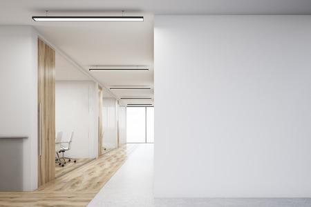 큰 빈 벽 및 나무 벽 및 바닥 장식 회의실의 행 사무실 복도. 3d 렌더링입니다. 모크 업.