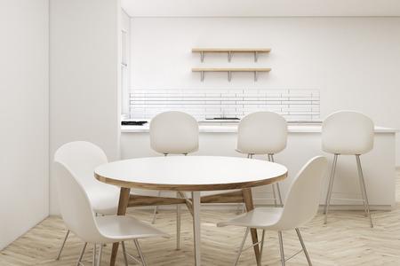 Gros plan d'une table ronde dans une cuisine blanche avec une allée, trois tabourets et des étagères en bois suspendus sur un mur. rendu 3d. Maquette.