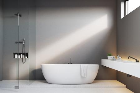 회색 벽 및 샤워 럭셔리 욕실 인테리어. 모서리에 싱크대가 있고 좁은 수평 창문이 있습니다. 3d 렌더링, mock up