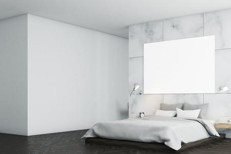 Intérieur en marbre avec fenêtre panoramique, un lit double et une grande affiche horizontale suspendue au-dessus. Un bureau à domicile est à l'arrière-plan. Vue de côté. Rendu 3d, maquette Banque d'images - 79427604