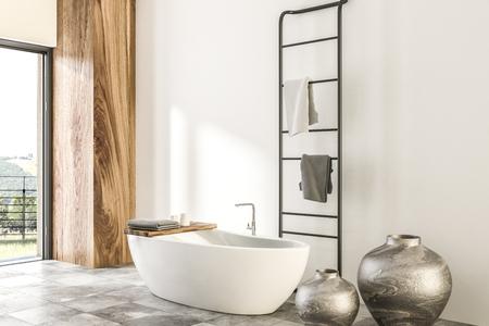 Wit en houten badkamerbinnenland met betegelde vloer, panoramisch venster, wit badkuip en vazen. 3D-rendering mock-up